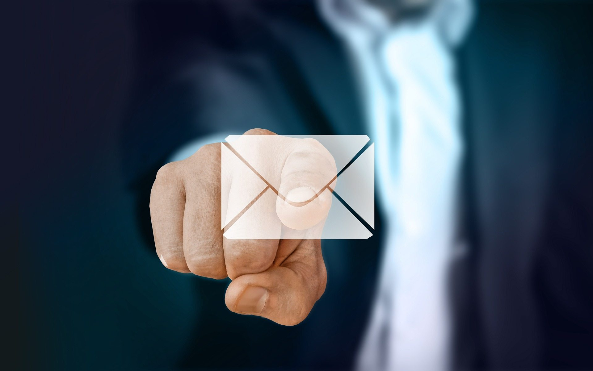 Email Organization – Necessity or Waste of Time?