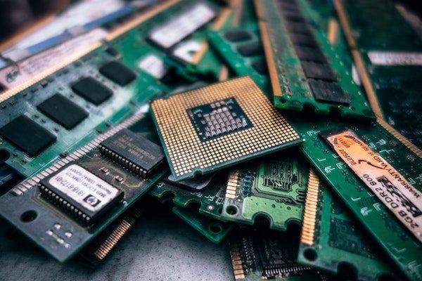 Digital Transformation Digital Business Experiences Blog Post computer chips