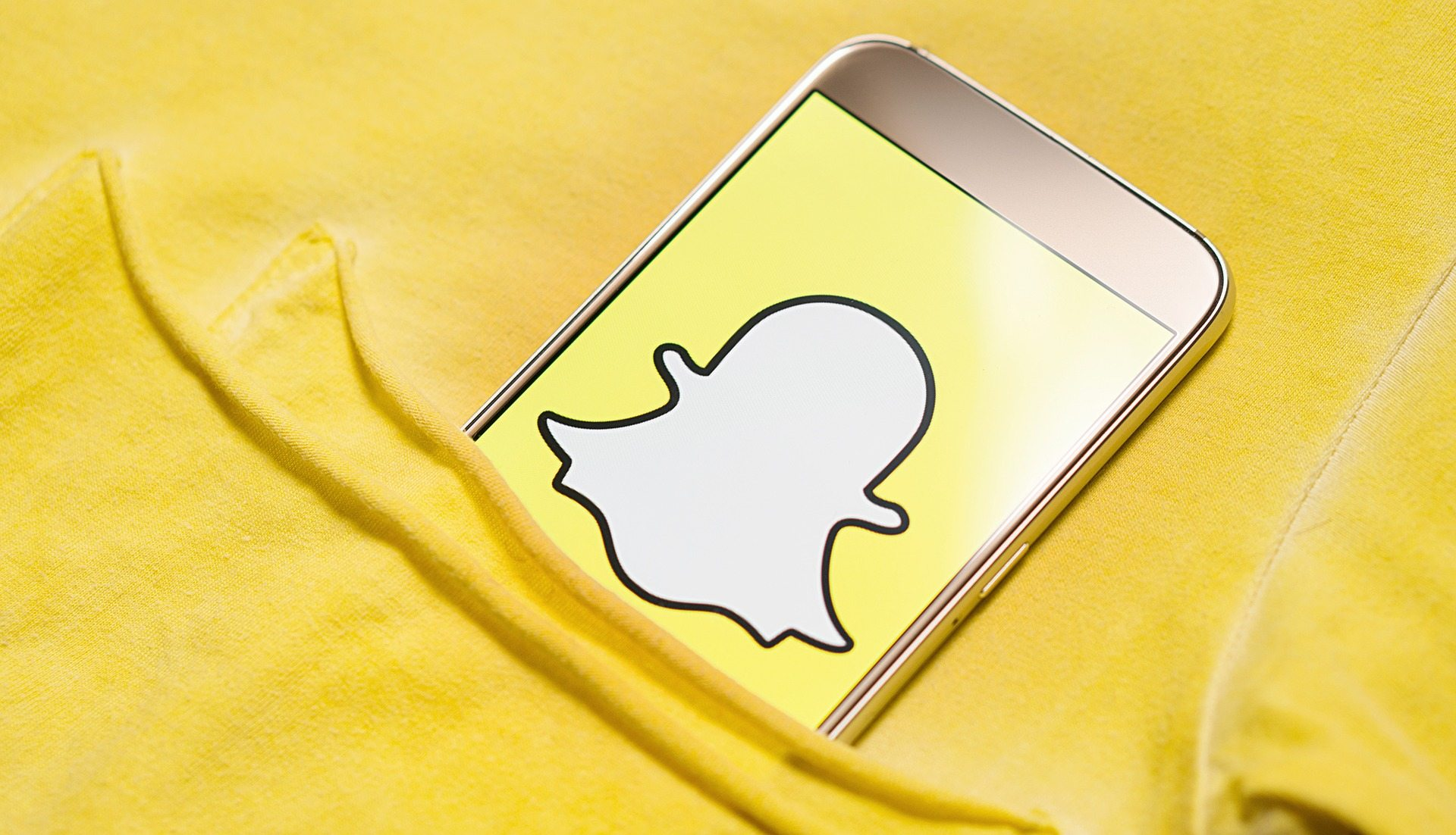 Pros and Cons of Using Snapchat in Business