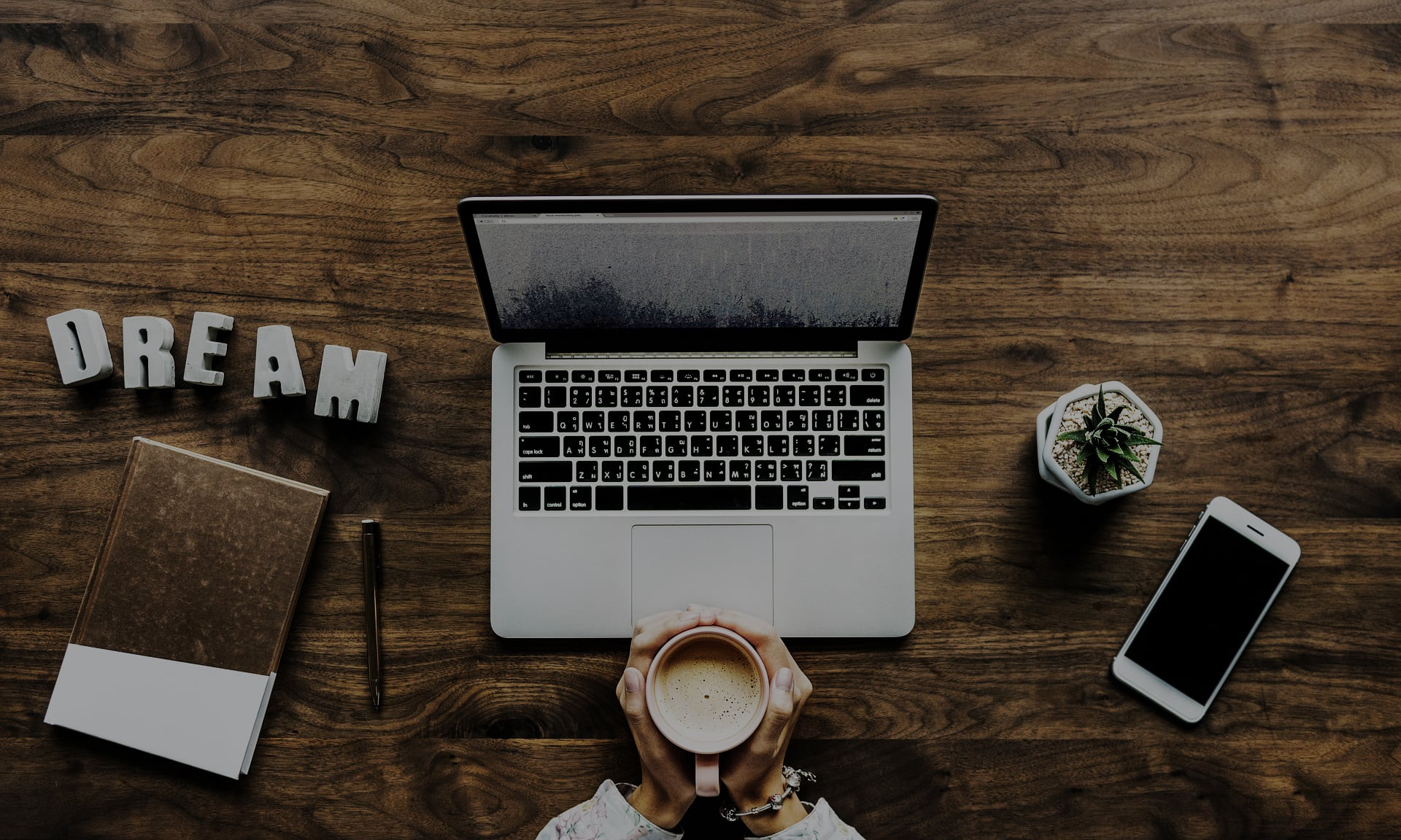 6 Key Differences Between Mobile vs. Desktop for Social Media