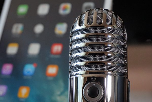 How to Start a Podcast Featured