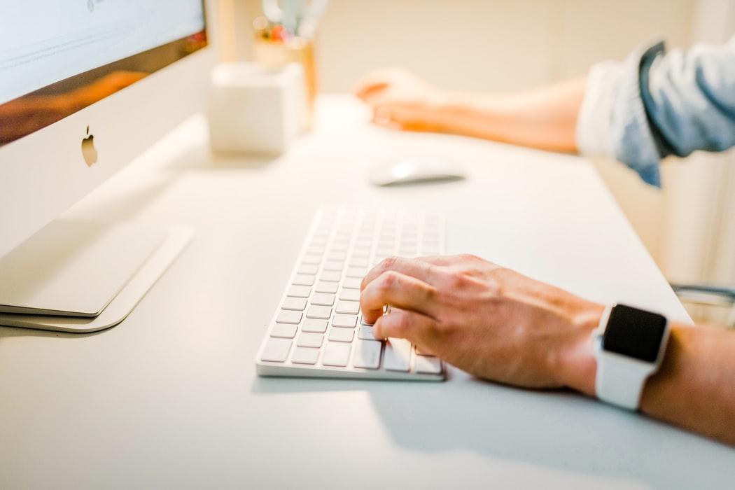 FAQs: Should I Hire a Social Media Strategist?